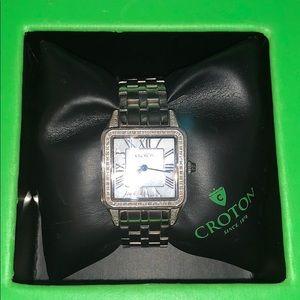 Croton watch diamond case